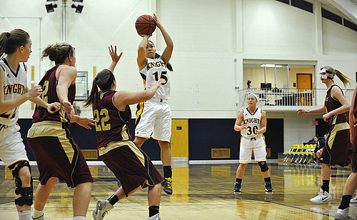 Michele Arima, Women's Basketball, Action