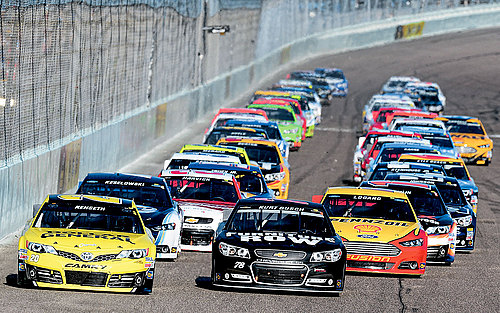 NASCAR-today-side-by-side-racing.jpg