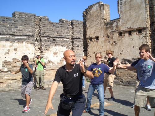 06 students doing Tai Chi on the Great Wall
