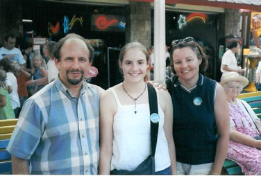 Paul Wellstone, Katie Zerwas '06, and Katie Zerwas' mother