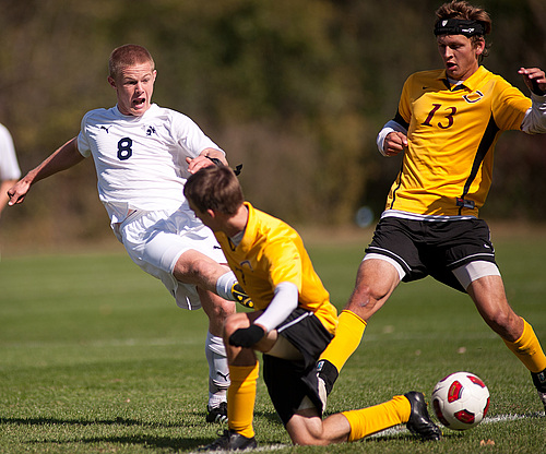 Branden McGarrity, men's soccer action