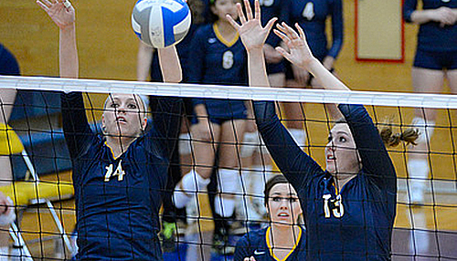 Sarah Nielsen and Jessa Youso, volleyball action