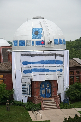 R2D2 on Goodsell