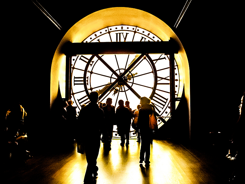 Carleton French Studies in Paris - Time