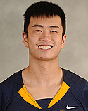 Robert Deng, Football