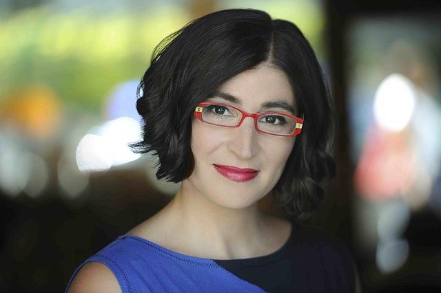 Iranian-American Comedian Negin Farsad To Present Carleton -2026