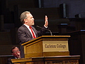 Robert Reich speaks at Convocation