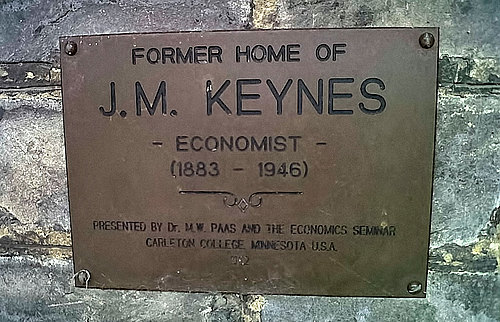 plaque at former home of J.M. Keynes