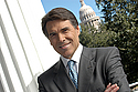 http://www.rickperry.org/files/GovRickPerry-headshot2.jpg
