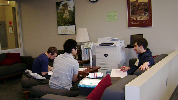 Students discuss work in Language Center Lounge