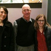 Sarah S. '93, Professor Fred Hagstrom, & Marissa N. '93 gather after Professor Hagstrom's talk in Seattle