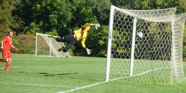 Saint Mary's goalkeeper Joey Petrich