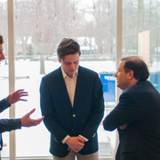Students talk with President Steve Poskanzer