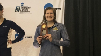 Caroline Mather '19 earned All-American status in the 100-yard free at the 2017 NCAA Championships.