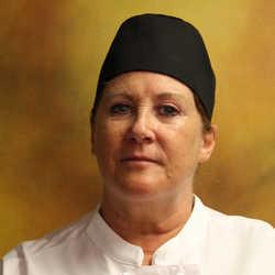Photo of Pamela Savoie